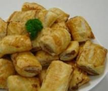 Cyndi O'Meara's Vegetarian Sausage Rolls, substitute sunflower seeds for the walnuts