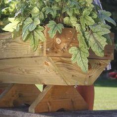 Micro Manger Trough Planter Micro Manger Trough Garden Planter www. Trough Planters, Wooden Garden Planters, Outdoor Planters, Planter Pots, Raised Planter Beds, Raised Beds, Autumn Garden, Grow Your Own, Gardens
