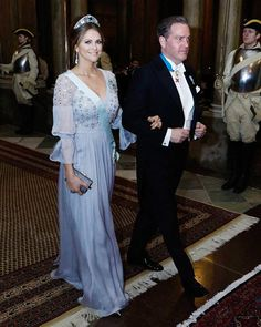 | February 20, 2017 | Princess Madeleine and Christopher O'neill attending a banquet held for the canadian state visit to Sweden. For that event the princess choosed the Aquamarine Kokoshnik Tiara which she first wore for the Nobel Prize Ceremony 2015. I can not really handle her beauty. She's always looking perfect but this evening she's looking more than perfect! I'm so in love with her outfit.The dress, her tiara in connection with her beauty is just perfectionism ! ❤ #princessmadeleine…