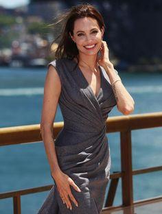 Angelina Jolie sempre più magra: la star ancora una volta sotto i riflettori