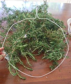 no more excuses not to make a wreath