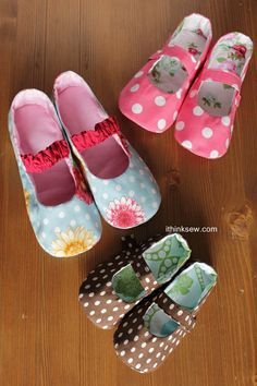 Sew Mary janes how adorable :) 50% off new pattern too- tempting