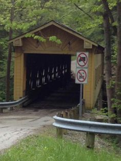 Nos4a2, Covered Bridges, Barns, Roads, Country, Water, Bridges, Gripe Water, Covered Decks