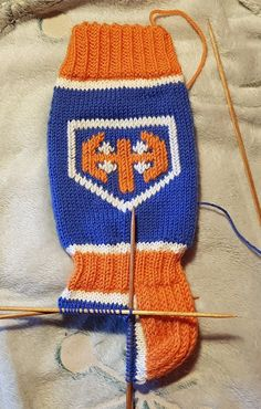 Socks, Mittens, Winter Hats, Knitting, Crafts, Fingerless Mitts, Manualidades, Tricot, Breien