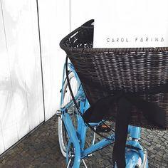 Carol Farina, Brand, marca, fashion, moda, bike, bicicleta, entrga, order, pedido, venda, black and white, preto e branco, azul , blue