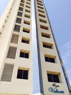 Edificio Avenida Universidad en Maracaibo Estado Zulia#compra #vende