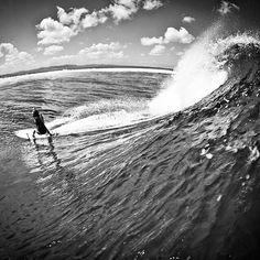 #surf #surfergirl #surfer #surfing #wave #extreme #blackandwhite #ingravidos I