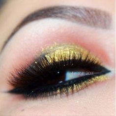 """Elegant Gold look by ✨@Makeup_by_Jackie✨ with our """"KYLIE"""" eyelashes from New Blends Collection finely crafted with Mink and Fox and """"COURTNEY"""" Mink lower lashes. Brows: @motivescosmetics and @Anastasiabeverlyhills Liner: @tarte cosmetics"""" ✨Visit us at www.FlutterLashes.com✨"""