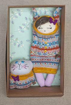 """10/"""" HANDMADE GUATEMALAN DOLL COLLECTIBLE WITH POM POMS STYLE #5 BASKET"""