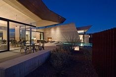 A great Rammed Earth home, this one in Arizona by Kendle Designs Colaborative.