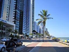 """Calçadão e Ciclovia. """"Praia de Boa Viagem"""". #Recife. Estado de Pernambuco, Brasil."""