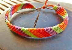 For Her - Makramee Armband SunNy by Sunnseitn on ezebee