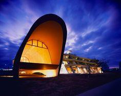 琵琶湖のエコトーンホテル/風の音 芦澤竜一建築設計事務所