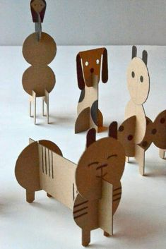 DIY cardboard animals for children - Diy Cardboard Toys Cardboard Animals, Cardboard Toys, Paper Toys, Cardboard Crafts Kids, Cardboard Playhouse, Cardboard Furniture, Cardboard Design, Paper Animals, Kids Crafts