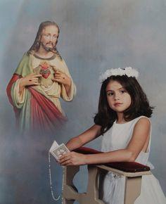 Selena Gomez's First Communion picture?