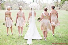 Google Afbeeldingen resultaat voor http://ua-cdn.stylecaster.com/post/2012/07/13/22187-styling-tips-for-your-ladies-in-waiting-wedding-blog-preview.jpg