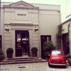 Merci à Paris, 111 boulevard Beaumarchais  Design, deco, fashion *** €€€