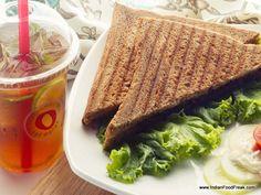 Chicken Tinga Sandwiches & Honey Lemon Probiotic Iced Tea @ Red Mango