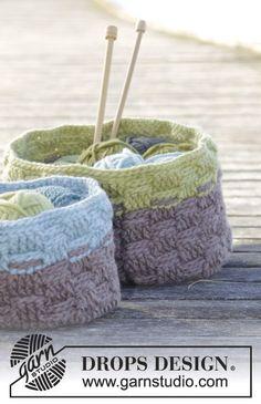 "Spring Baskets - Corbeilles DROPS au crochet, au point de panier, en ""Eskimo"". - Free pattern by DROPS Design  Tuto pochette crochet"