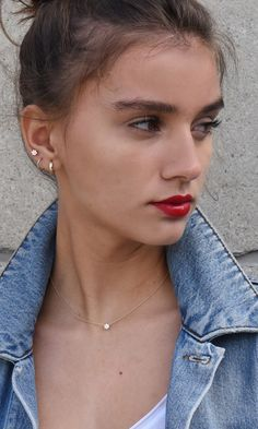 Flat geometric dangle earrings- minimal earrings/ minimalist jewelry/ geometric drop earrings/ half circle earrings/ boho earrings - Fine Jewelry Ideas - Diamonds are for everyday. – Edeline Ca. Diamonds are for everyday. Fake Ear Piercings, Ear Peircings, Cute Piercings, Multiple Ear Piercings, Simple Earrings, Clip On Earrings, Stud Earrings, Minimalist Earrings, Minimalist Jewelry