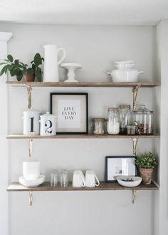 étagère rangement une cuisine de style scandinave