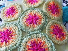 Random spike stitch patch tutorial by Sue Pinner