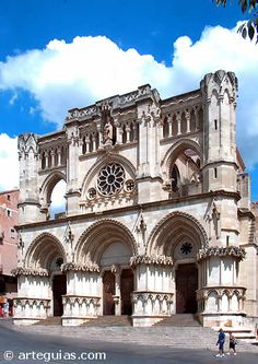 Cathedral of Cuenca - Castille-La Mancha, Spain Gothic Architecture, Historical Architecture, Amazing Architecture, Unique Buildings, Beautiful Buildings, Places In Spain, Places To See, Temples, Places Around The World