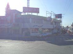 """Plantel  """"Valsequillo"""", ubicado en Blvd. 5  de Mayo esq. Blvd. Valsequillo # 160, Col. Gabriel Pastor, Tel: 01(222)237 39 15"""