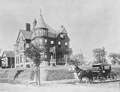 Wallace House at Scaritt Point 1907 This grand house was previously located where the KC Museum is today. R. A. Long bought this property and built his 70-room mansion (Corinthian Hall) on this spot in 1911. The Wallace House was moved around the corner to 3200 Norledge.
