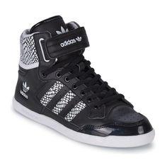 Basket montante Adidas Originals CENTENIA HI W Noir / Blanc prix Baskets femme Spartoo 88.39 € TTC au lieu de 104 €.