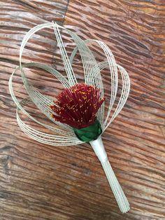 Bridesmaid single flower pohutukawa bouquet with ivory loops… Bridesmaid Bouquet, Bridal Bouquets, Bridesmaids, Single Flower Bouquet, Flax Weaving, Flax Flowers, Nz Art, Growing Roses, Arte Floral