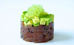 Tuna tartar with avocado and finger lime