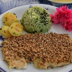 Beijucastanha no Restaurante Beijupirá em Porto de Galinhas - PE - Brasil: um combinado por filé de peixe grelhado com manteiga de castanha de caju batata flambada e arroz de espinafre; e a Lagostanga preparada com calda da lagosta frita na manteiga fatias de manga grelhada e arroz de aipo.  Eu conto tudo aqui:  http://ift.tt/1JLtjg7 ------------------- @beijupira  #beijupirá #beijupiráportodegalinhas #beijupiráolinda #beijupirálodgenoronha #beijupiráporto