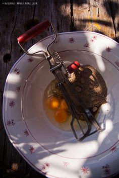 Préparation gâteau à la poêle © photographie : Nathalie Marinier-Julien
