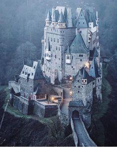 Eltz Castle  Germany  (: @felecool) |  #EuropeFocus