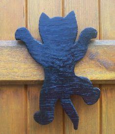Woodworking Projects Shed .Woodworking Projects Shed Wooden Projects, Wooden Crafts, Craft Projects, Cat Crafts, Diy And Crafts, Arts And Crafts, Scroll Saw Patterns, Wood Patterns, Wooden Animals