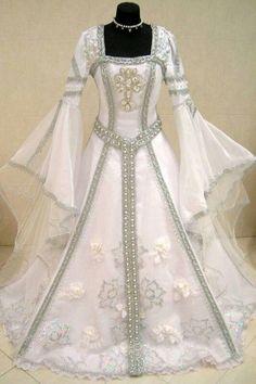 Silver medieval wedding dress victorian gothic larp m-l-xxl wicca robe Renaissance Wedding Dresses, Medieval Wedding, Wedding Gowns, Wiccan Wedding, Gothic Wedding, Celtic Wedding Dresses, Italian Renaissance Dress, Elvish Wedding, Wedding Robe