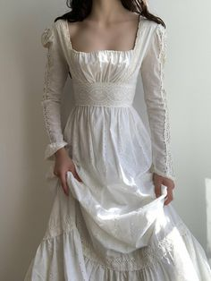 Pretty Outfits, Pretty Dresses, Beautiful Dresses, Fairytale Dress, Fantasy Dress, Dream Dress, Aesthetic Clothes, Vintage Dresses, Ideias Fashion