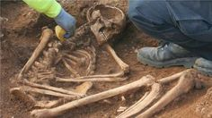 Human remains dating from the Iron Age have been found during archaeological excavations in Gloucestershire.   The remains are thought to date from the Iron Age [Credit: BBC] The skeleton was found at a nature reserve on the outskirts of Bourton-on-the-Water near Salmonsbury Camp, an ancient hill fort.