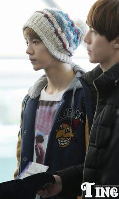 Exo 루한세훈 airport to Beijing showcase 120401 Sehun And Luhan, Hunhan, Beijing, Winter Hats, Beanie, Dawn, Ships, Fashion, Moda