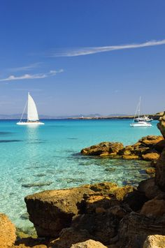 sea colour at cala Saona, Formentera, Balearic islands - Spain Places Around The World, The Places Youll Go, Oh The Places You'll Go, Places To Visit, Menorca, Dream Vacations, Vacation Spots, Spanish Islands, Photos Voyages