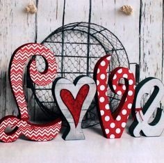 Fall in Love with These Valentine's Day Craft Projects (Fifth Edition) Valentines Day Decorations, Valentine Day Crafts, Love Valentines, Holiday Crafts, Valentines Bricolage, Wood Crafts, Diy Crafts, Wood Letters, All You Need Is Love
