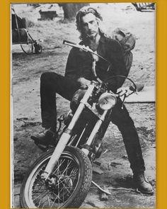 Dreamy Sam Elliot & Cher on a motorcycle (www.bikemenu.com ...