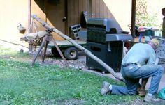 Homemade farm equipment inventions and modifications for small organic farm use at Blackberry Blossom Farm. Mechanical Advantage, Lifting Devices, Diy Workshop, Organic Farming, Useful Life Hacks, Homemade, Diy Stuff, Outdoor Decor, Landscaping