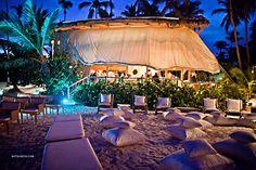 Destination Wedding Punta Cana - Jellyfish