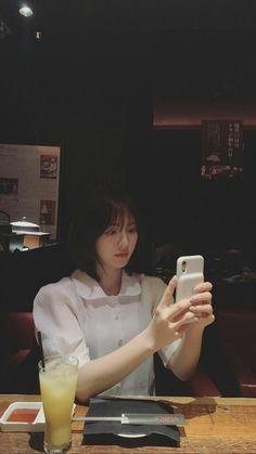 red velvet pics on Seulgi, Velvet Wallpaper, K Wallpaper, Kpop Girl Groups, Kpop Girls, Sons Girlfriend, Loona Kim Lip, Wendy Rv, Wendy Red Velvet