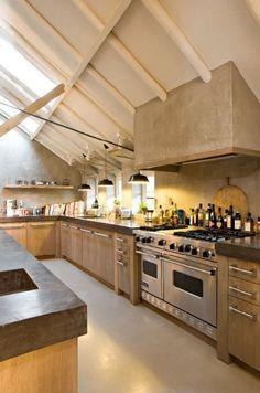 Massief 3-laags eiken houten keuken met ter plaatse gegoten aanrechtbladen - The Living Kitchen by Paul van de Kooi