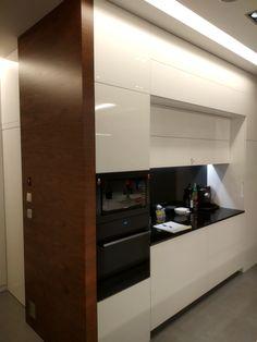 meble kuchenne, wykończenie boku zabudowy #meblenazamówienie, #kuchnia,#kuchniawysokipołysk
