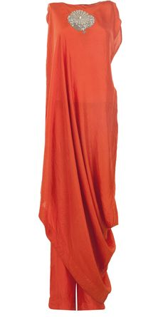 Coral applique tunic set by ANAMIKA KHANNA. http://www.perniaspopupshop.com/whats-new/anamika-khanna-coral-applique-tunic-set-ankc0913014.html