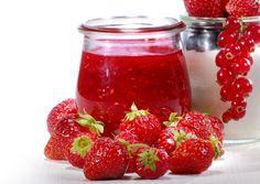 Recept : Rajčatová marmeláda | ReceptyOnLine.cz - kuchařka, recepty a inspirace Raspberry, Strawberry, Salsa, Fruit, Food, Chemistry, Essen, Strawberry Fruit, Salsa Music